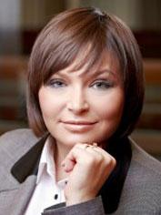 Oksana<br />VOYNAROVSKA