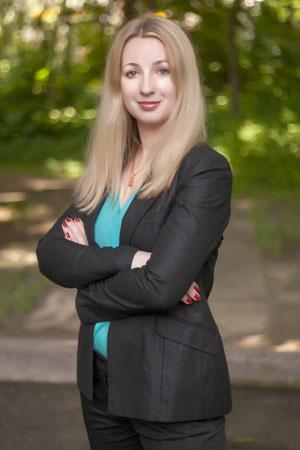 Olga USENKO, Chief Editor